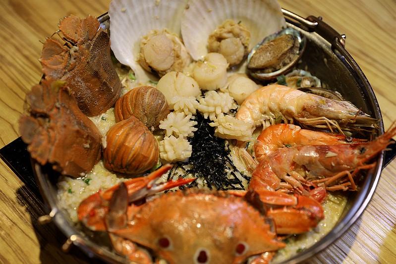 火鍋殿和牛戰車龍蝦頂級啤酒蛤蜊痛風火鍋鍋物台北東區吃到飽308