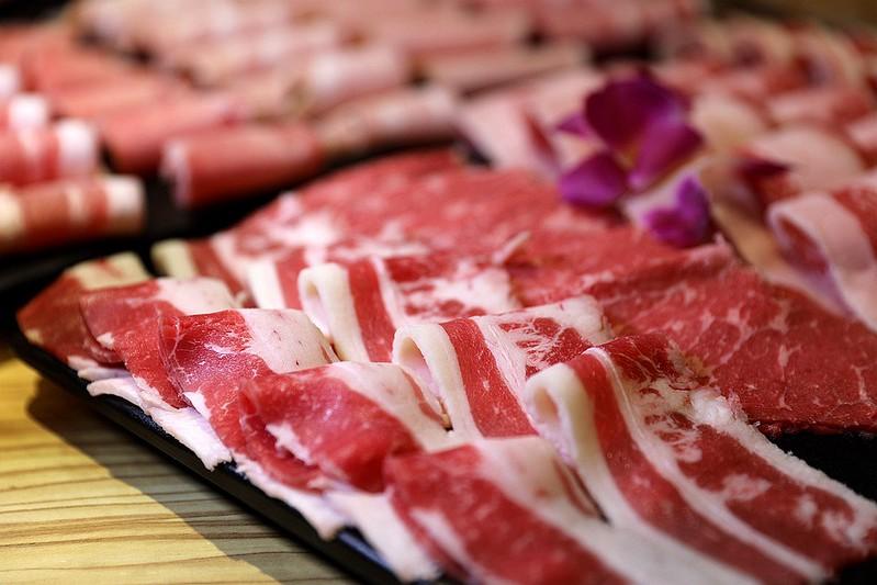 火鍋殿和牛戰車龍蝦頂級啤酒蛤蜊痛風火鍋鍋物台北東區吃到飽106
