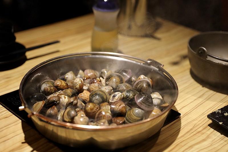 火鍋殿和牛戰車龍蝦頂級啤酒蛤蜊痛風火鍋鍋物台北東區吃到飽073