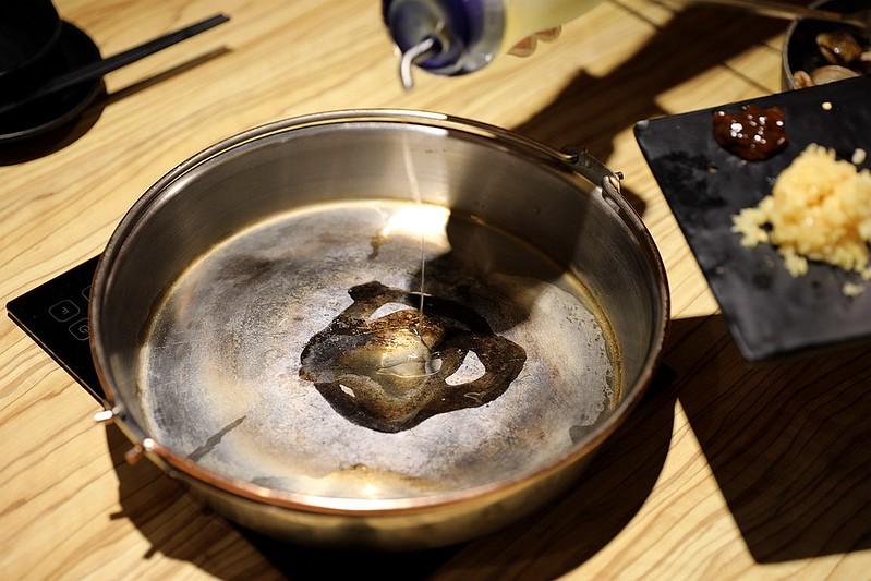 火鍋殿和牛戰車龍蝦頂級啤酒蛤蜊痛風火鍋鍋物台北東區吃到飽053