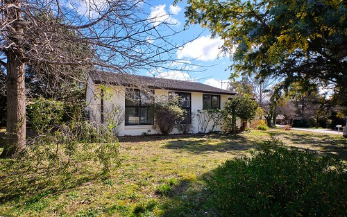 2 Shann Place, Chifley ACT 2606