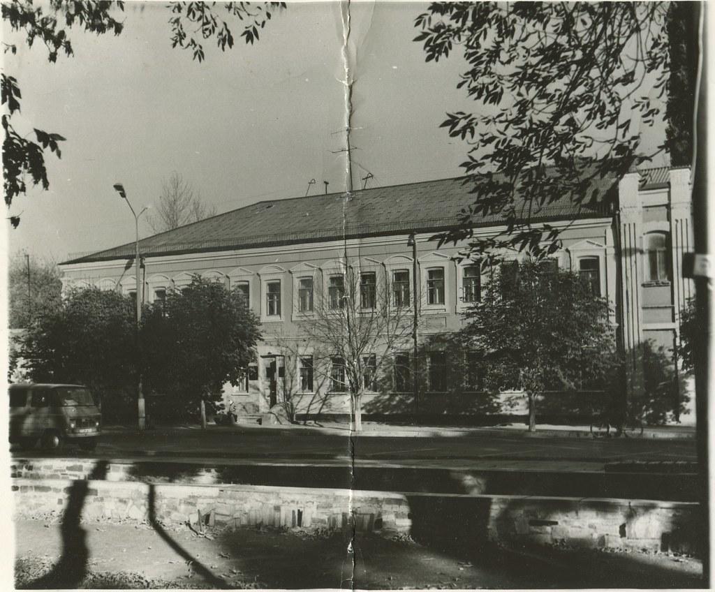 фото: Вероятно, Верхнеднепровск - Двухэтажка в стиле Модерн PAPER800 [Литвиненко] [Вандюк Е.Ф.]