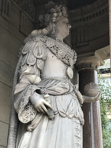 Queen Anne, Minehead