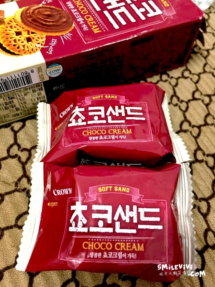 食記∥韓國餅乾CROWN(크라운)兩款夾心餅乾之草莓夾心餅乾Victory Pie(빅파이)、巧克力夾心餅乾(쵸코샌드) 22 50307471757 7ee4004624 o
