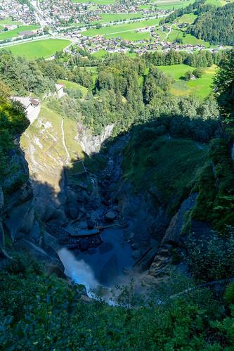 Reichenbachfall: Looking down (4/4)