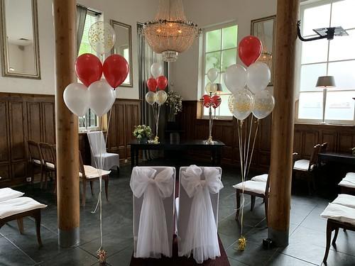 Tafeldecoratie 6ballonnen Gronddecoratie Koetshuis Rotterdam Huwelijk Trouwen
