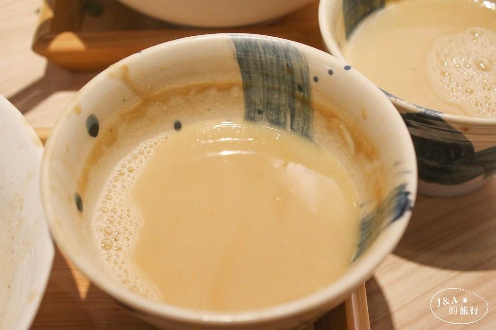 不用飛日本就能享受Q彈沾麵、濃稠湯汁,吃的到海葡萄、芥末根!壹の穴沾麵專門店 @J&A的旅行