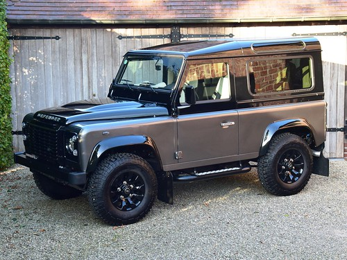 Land Rover Defender 90 Autobiography (2015)