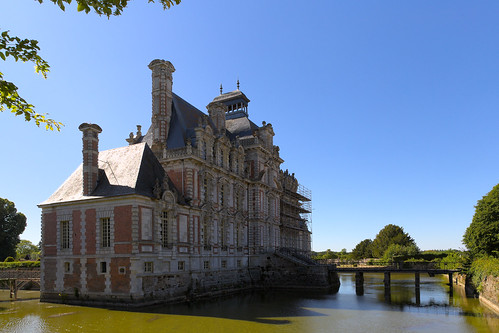 Bridge (Château de Beaumesnil)