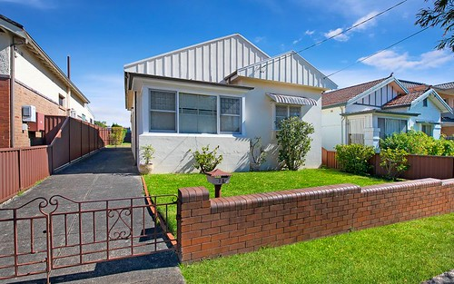 28 Woodlands Rd, Ashbury NSW 2193
