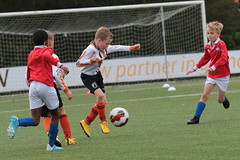 "HBC Voetbal • <a style=""font-size:0.8em;"" href=""http://www.flickr.com/photos/151401055@N04/50340603112/"" target=""_blank"">View on Flickr</a>"