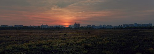 Закат над Троещиной / Sunset over Troieshchyna ©  spoilt.exile
