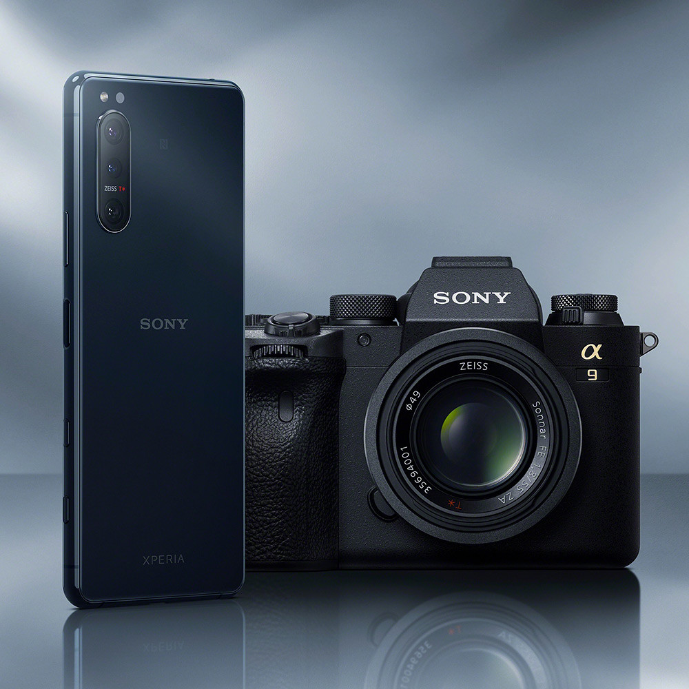 圖說二、Xperia-5-II採用源於Sony獲獎無數的Alpha單眼相機技術,打造又快又準的相機拍攝體驗