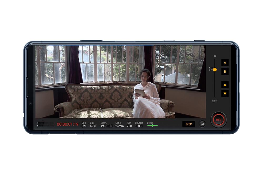 圖說四、Xperia-5-II為全球首款支援4K-HDR-120fps慢動作影片錄影的智慧手機,為電影風格影像打造無限可能