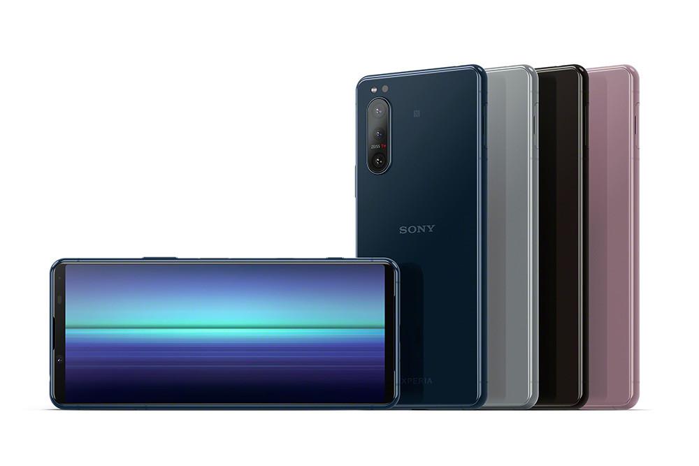 圖說六、Xperia-5-II絕美外型精巧合手,推出黑、灰、藍、粉四色選擇,預計於2020年10月在台上市(1)