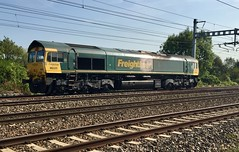Photo of 66525 Tilehurst East Junction