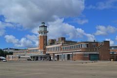 Photo of Art-Deco Terminal