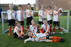 "HBC Voetbal | Mini's 1 • <a style=""font-size:0.8em;"" href=""http://www.flickr.com/photos/151401055@N04/50366910727/"" target=""_blank"">View on Flickr</a>"
