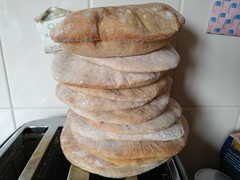 Photo of pitta breads by Kake