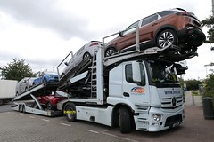 Photo of Mercedes Actros 1843 - Thurrock