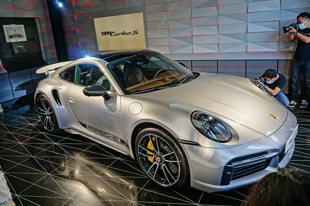 Porsche 200923-9