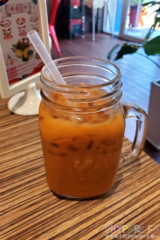 50376866593 cbe975debb c - 偏重曼谷風味的ARoi Thai,打拋豬使用打拋葉,廚師和大半工作人員也是來自泰國喔!