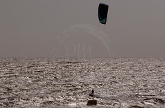 """kite-surfing04 • <a style=""""font-size:0.8em;"""" href=""""http://www.flickr.com/photos/140835590@N03/50378801731/"""" target=""""_blank"""">View on Flickr</a>"""