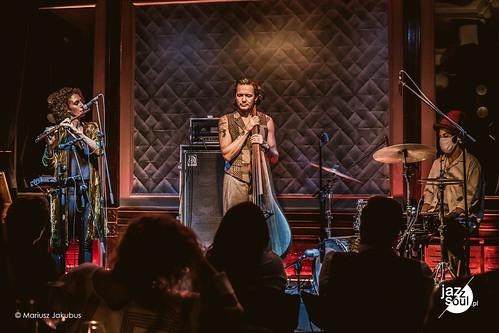 Get Your Jazz Together: Wojtek Mazolewski, Tamar Osborn i Edward Wakili-Hick - Warszawa