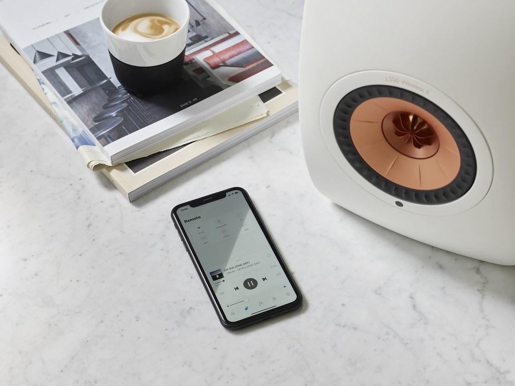 KEF Connect 應用程式可支援多種音樂串流平台,包括Amazon Music、網路電台及Podcast