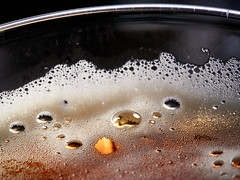 2020-09-27 19.45.12 - Ce n'est pas une bière, Et eller andet, 271-366, Uge 39, Assentoft, Randers - _9273016 - ©Anders Gisle Larsson