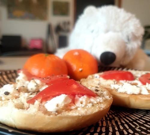 [food] Tomato Bagel
