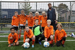 "HBC Voetbal | JO12-2 • <a style=""font-size:0.8em;"" href=""http://www.flickr.com/photos/151401055@N04/50421956647/"" target=""_blank"">View on Flickr</a>"