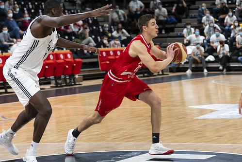 Luka Asceric - ©Jacques Cormarèche 2ème victoire à l'Astroballe de l'histoire du club