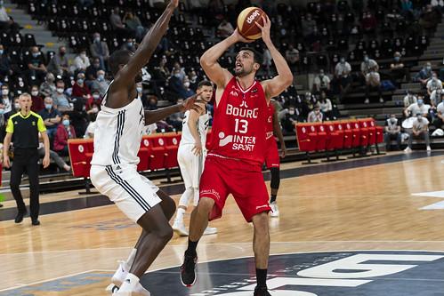 Pierre Pelos - ©Jacques Cormarèche 2ème victoire à l'Astroballe de l'histoire du club