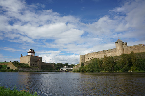 Castle face-off