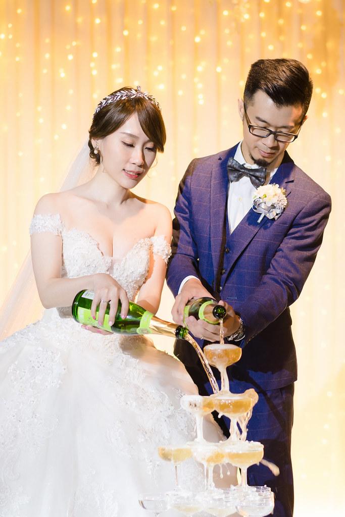 婚攝,台北婚攝,婚禮紀錄,婚禮攝影,鯊魚團隊,晶宴會館,民權晶宴,香榭玫瑰園,美式婚禮,訂婚,迎娶,闖關遊戲