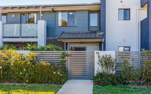 29/1 Gifford Street, Coombs ACT 2611