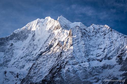 Thamserku 6623 m