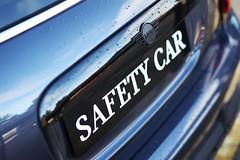 SafeyCar-02