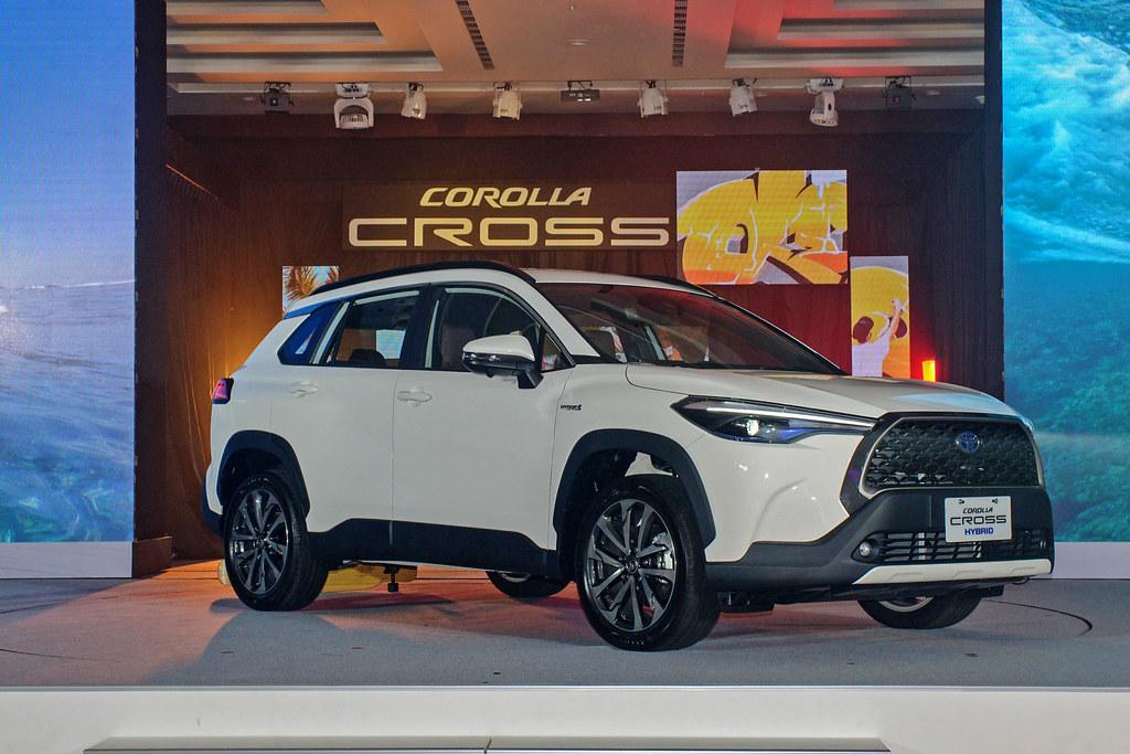 Corolla Cross 201012-6