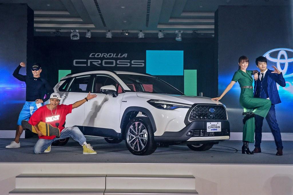 Corolla Cross 201012-1