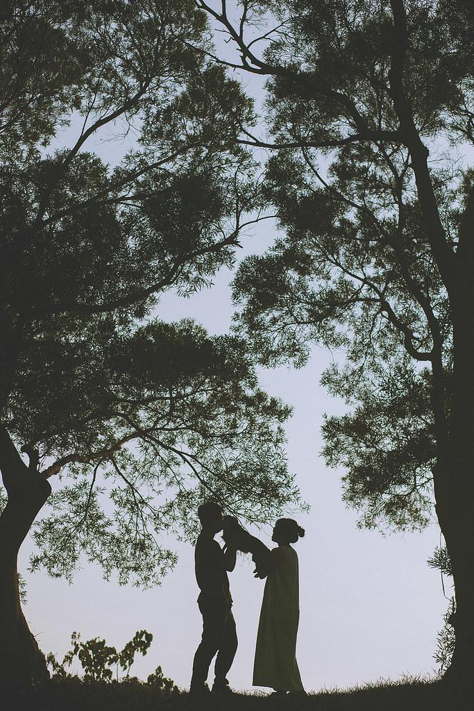 便服婚紗,情侶寫真,自助婚紗,苗栗,南窩綠丘,自然風格,剪影,狗