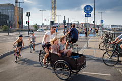 Cool dad on bike with 4 kids, Copenhagen, Denmark