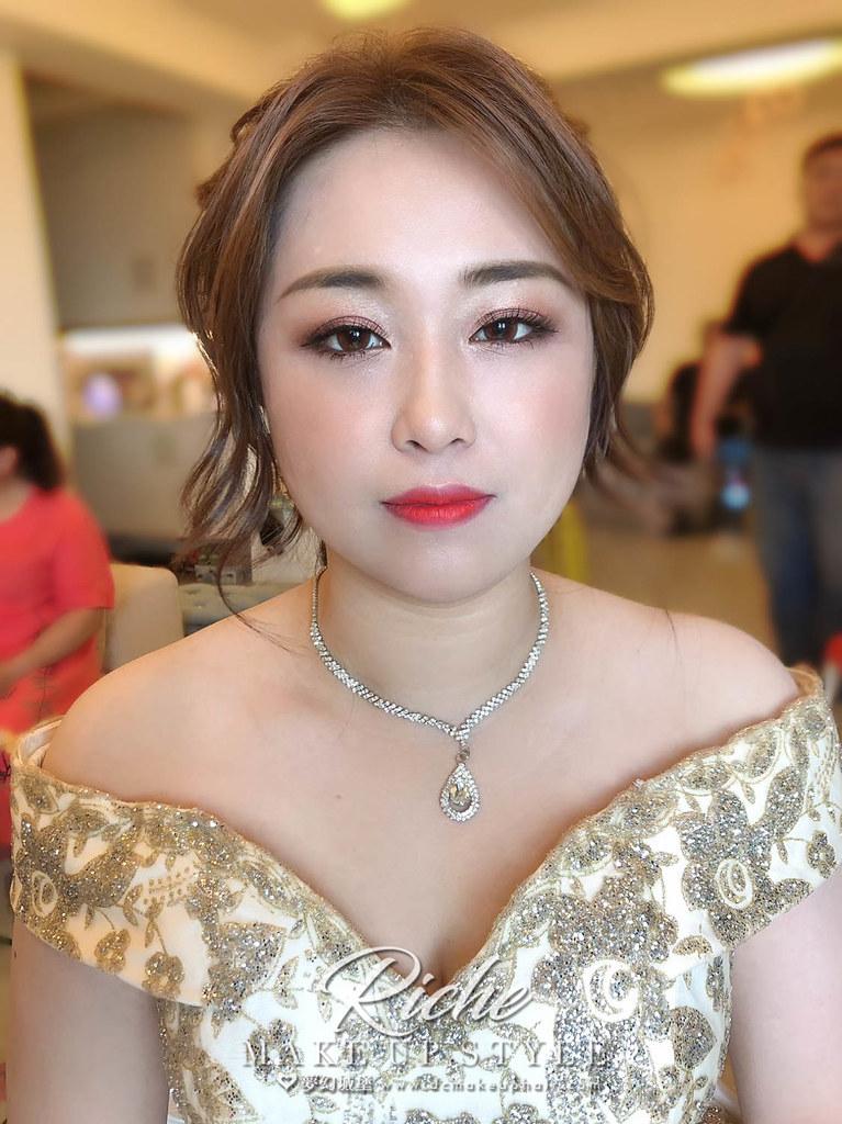【新秘RICHE】bride慰慈 訂婚造型 / 優雅風