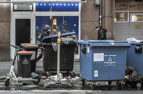 Junkies, Müll und Dreck / Junkies, trash and dirt