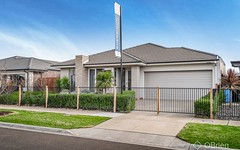 25 Murphy Street, Clyde North VIC