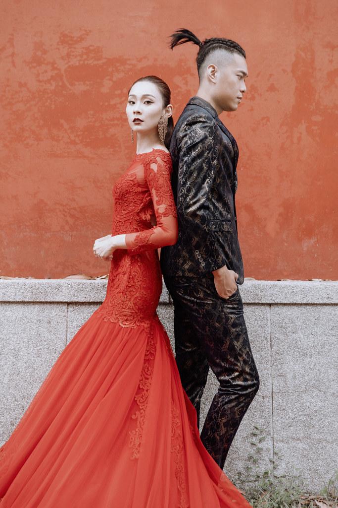 台南自助婚紗|由台南孔廟取景的時髦中式感婚紗|Weiwan 手工婚紗