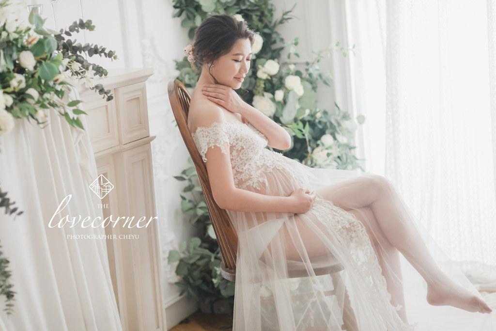 台南孕婦寫真|堅毅又柔美的孕婦寫真紀念|愛情街角LOVE CORNER