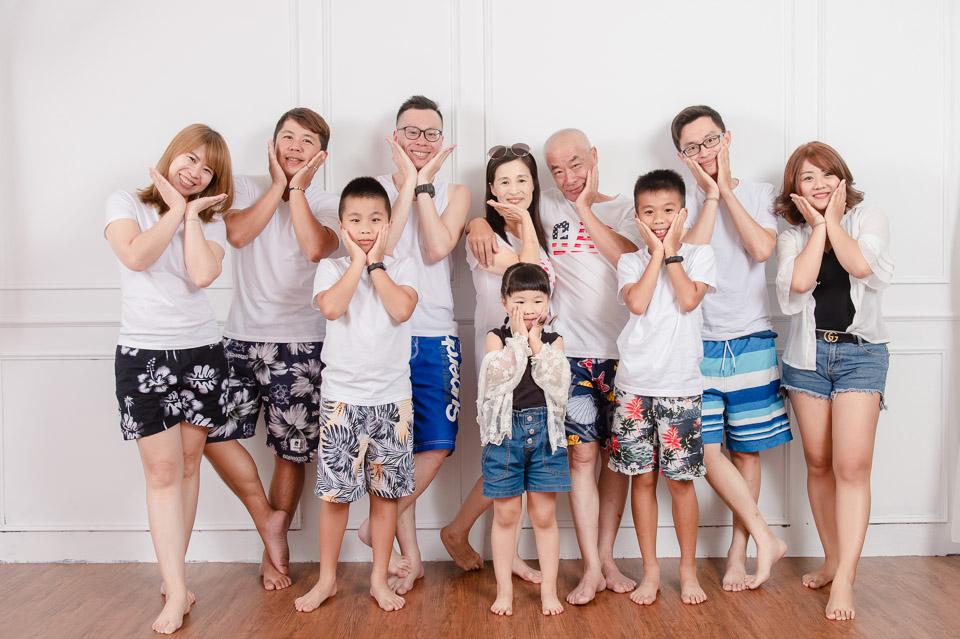 台南全家福照 輕鬆悠閒的短褲party 011