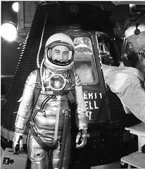 Anglų lietuvių žodynas. Žodis spacecraft event time reiškia ka įvykio metu lietuviškai.